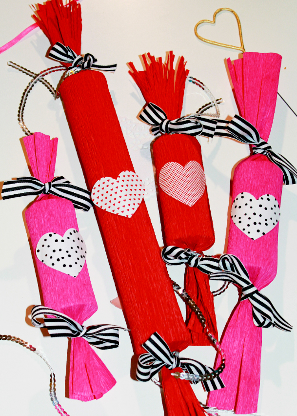 DIY-Valentines-Day-Candy-Poppers-main