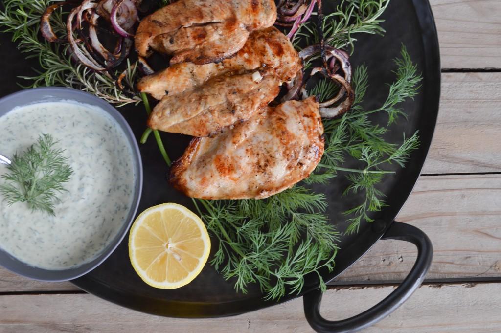 Mediterranean Chicken and Dill Yogurt Sauce